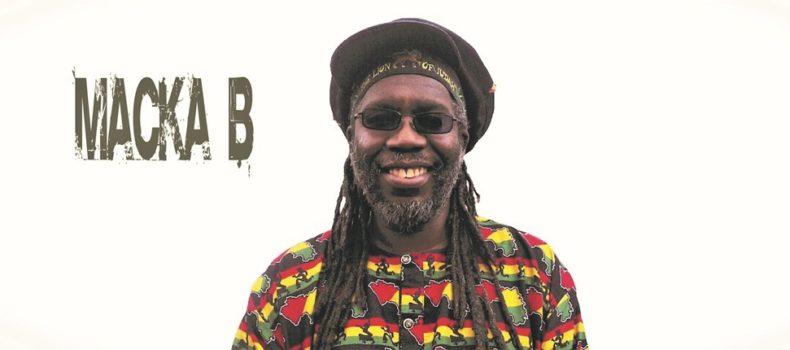 """""""Wciąż żyję jak Rasta, żyję czysto, wciąż dziękuję i chwalę Rastafari"""" – Wywiad z Macka B"""