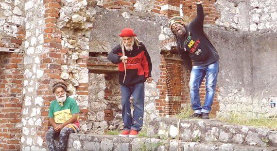 MACKARUFFIN – MAMA AFRICA feat. CEDRIC MYTON
